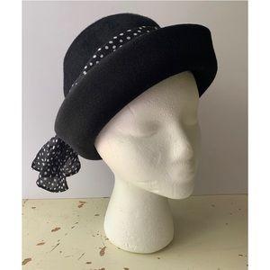 vintage jonquil :: Glenover felt bowler hat